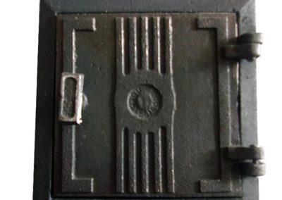 drzwiczki wyciorowe żeliwne